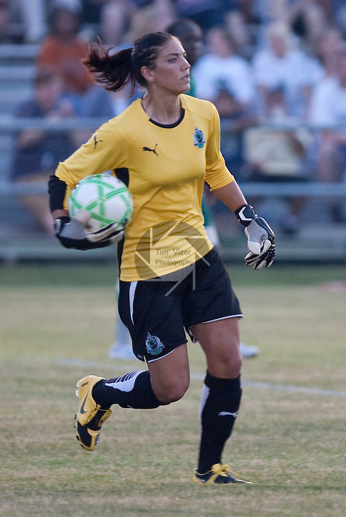 June 24 2009         Athletica goalkeeper Hope Solo looks downfield for an open teammate to send the ball to in the first half.   The St. Louis Athletica lost to the Los Angeles Sol, 2-1, in a Women's Professional Soccer (WPS) game at the Anheuser Busch Center in Fenton, Missouri.   ..            *******EDITORIAL USE ONLY*******