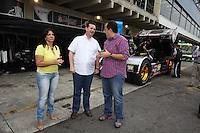 SAO PAULO, SP, 07 DE JULHO 2012 - FORMULA TRUCK - ETAPA SAO PAULO - O Prefeito de Sao Paulo durante os treinos livres na manhã deste sábado para a quinta etapa da Fórmula Truck, realizada no Autódromo de Interlagos, em São Paulo. O treino classificatório ocorre na tarde de hoje e a corrida será realizada amanhã. (FOTO: LUIZ GUARNIEIRI / BRAZIL PHOTO PRESS).