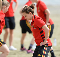 20180305 - LARNACA , CYPRUS :  Belgian Davina Philtjens pictured during a Muscular warm up training session on the beach before a women's soccer game between The Belgian Red Flames and Austria , on monday 5 March 2018 on the CTO Beach in Larnaca , Cyprus . The game will be the third game in group B for Belgium during the Cyprus Womens Cup , a prestigious women soccer tournament as a preparation on the World Cup 2019 qualification duels. PHOTO SPORTPIX.BE | DAVID CATRY