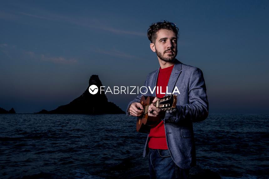lorenzo vizzini, cantautore e musicista