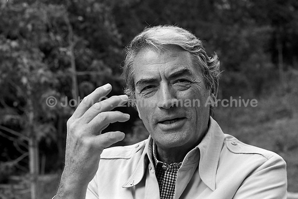 Actor Gregory Peck at home, Los Angeles, 1977. Photo by John G. Zimmerman. P94592-C5F08.