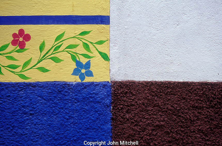 Colourful intersecting walls of Spanish colonial houses in San miguel de Allende, Mexico