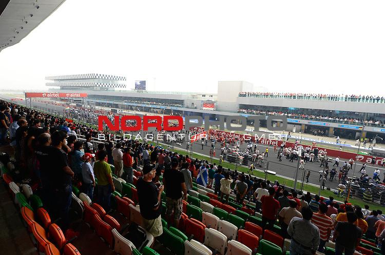 25.-27-10-2013, Jaypee-Circuit, Noida, IND, F1, Grosser Preis von Indien, Noida, im Bild F1 Race Starting Grid<br />  Foto &copy; nph / Mathis