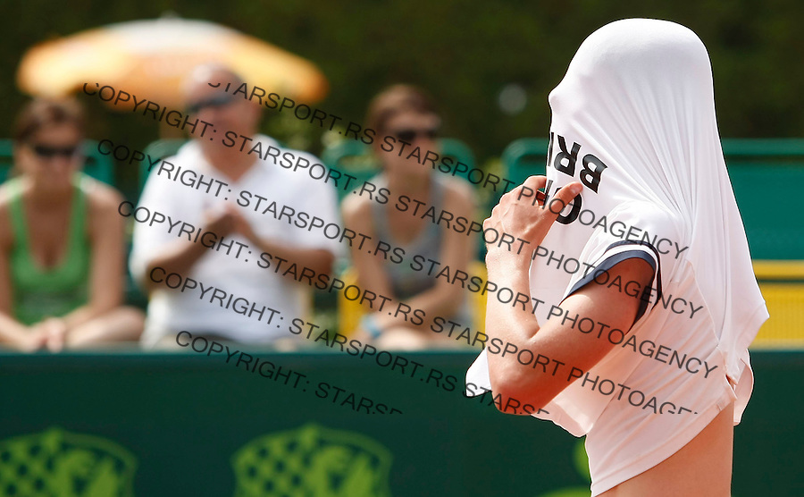 Tenis, World Championship U-14.World U-14 championship.Italy-Great Btitain.Gianluigi Quinzi Vs. Joshua Sapwell.Joshua Sapwell, react.Prostejov, 05.08.2010..foto: Srdjan Stevanovic/Starsportphoto ©