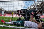Theodor Gebre Selassie (Werder Bremen #23) fliegt ins Tornetz und verletzt sich<br /> <br /> <br /> Sport: nphgm001: Fussball: 1. Bundesliga: Saison 19/20: 33. Spieltag: 1. FSV Mainz 05 vs SV Werder Bremen 20.06.2020<br /> <br /> Foto: gumzmedia/nordphoto/POOL <br /> <br /> DFL regulations prohibit any use of photographs as image sequences and/or quasi-video.<br /> EDITORIAL USE ONLY<br /> National and international News-Agencies OUT.
