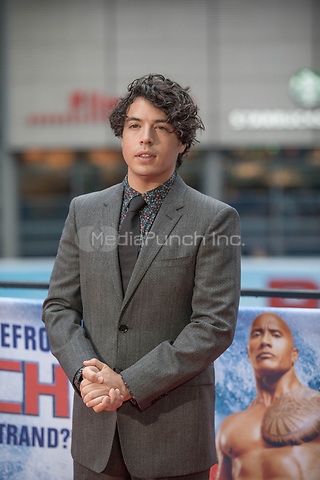 "Actor Jon Bass during a photocall on the occassion of the film ""Baywatch"" in Berlin, Germany, 30 May 2017. The film will premiere in German cinemas on 01 June 2017. Photo: Jörg Carstensen/dpa /MediaPunch ***FOR USA ONLY***"