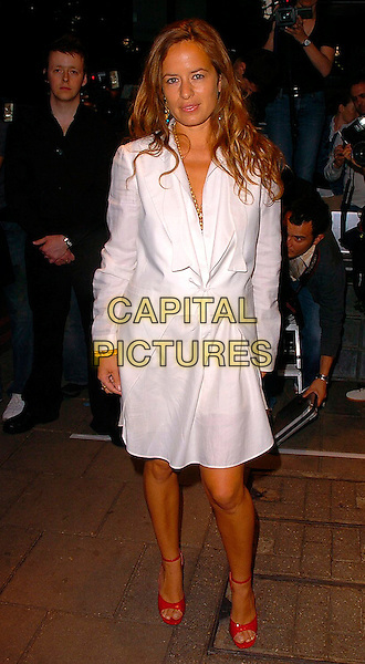 JADE JAGGER.Attends The Art Of Fashion event in association with Breakthrough Breast Cancer, The Dorchester, London, June 9th 2005..full length white shirt dress red shoes.Ref: CAN.www.capitalpictures.com.sales@capitalpictures.com.©Can Nguyen/Capital Pictures