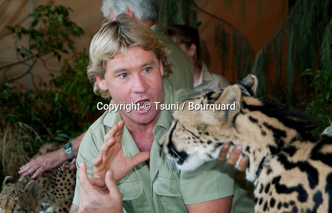 """Steve Irwin at the after party for the premiere of """" Crocodile Hunter: Collision Course """" at the Arclight Theatre in Los Angeles. June 29, 2002.           -            IrwinSteve_leopard14.jpg"""