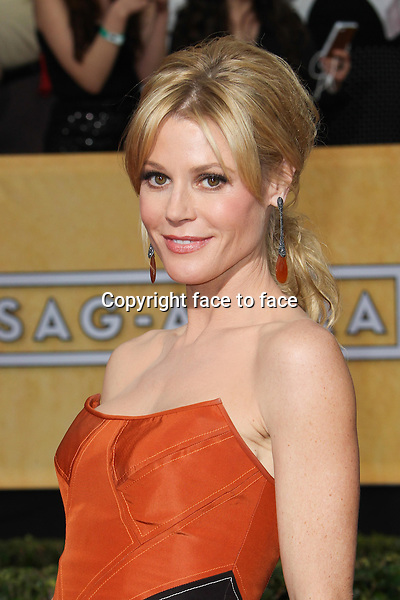 LOS ANGELES, CA - JANUARY 18: Julie Bowen attending the 2014 SAG Awards in Los Angeles, California on January 18, 2014.<br /> Credit: RTNUPA/MediaPunch<br />