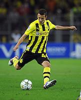 FUSSBALL   CHAMPIONS LEAGUE   SAISON 2012/2013   GRUPPENPHASE   Borussia Dortmund - Ajax Amsterdam                            18.09.2012 Ivan Perisic (Borussia Dortmund) Einzelaktion am Ball