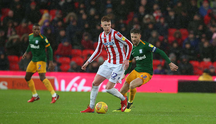 Stoke City's Sam Clucas shields the ball from Preston North End's Paul Gallagher<br /> <br /> Photographer Stephen White/CameraSport<br /> <br /> The EFL Sky Bet Championship - Stoke City v Preston North End - Saturday 26th January 2019 - bet365 Stadium - Stoke-on-Trent<br /> <br /> World Copyright © 2019 CameraSport. All rights reserved. 43 Linden Ave. Countesthorpe. Leicester. England. LE8 5PG - Tel: +44 (0) 116 277 4147 - admin@camerasport.com - www.camerasport.com