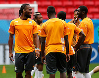 BRASILIA - BRASIL -18-06-2014. Didier Drogba jugador de la selección de fútbol de Costa de Marfil durante el entrenamiento, hoy 18 de junio de 2014, en el estadio Mané Garrincha de Brasilia previo al partido del Grupo C ante la selección de fútbol de Colombia por la Copa Mundial de la FIFA Brasil 2014. El encuentro se jugará el 19 de junio de 2014./ Didier Drogba player of Ivory Coast National Soccer Team during the training, today June 18 2014, at Mané Garricha satdium in Brasilia prior of the Group C match against Colombia National Soccer Team as part of the 2014 FIFA World Cup Brazil. The match will be held on June 19 2014. Photo: VizzorImage / Daniel Jayo / Archivolatino<br /> VizzorImage PROVIDES THE ACCESS TO THIS PHOTOGRAPH ONLY AS A PRESS AND EDITORIAL SERVICE IN COLOMBIA AND NOT IS THE OWNER OF COPYRIGHT; ANOTHER USE IS REPONSABILITY OF THE END USER. NO SALES, NO MERCHANDASING. ALL COPYRIGHT IS ARCHIVOLATINO