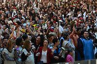 SAO PAULO, SP, 29.09.2013 – MISSA EM HOMENAGEM A HEBE CAMARGO: Missa de 1 ano da morte da apresentadora Hebe Camargo, celebrada na manhã deste domingo (29) pelo Padre Marcelo Rossi, no Santuário Mãe de Deus, em Interlagos, zona sul de São Paulo. FOTO: LEVI BIANCO - BRAZIL PHOTO PRESS