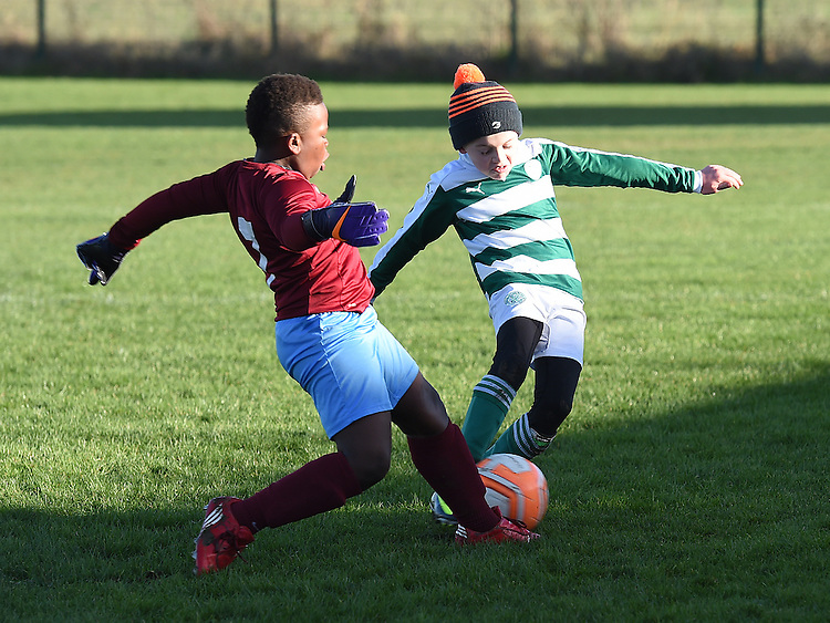 Drogheda Boys Olorum Juwon Termonfeckin Green Dara Brady. Photo:Colin Bell/pressphotos.ie
