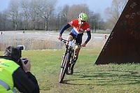 DUATHLON: HEERENVEEN: 31-01-15, Recreatie park de Heide, Feanster crossduathlon, Winnaar Arie de Jong, ©foto Martin de Jong