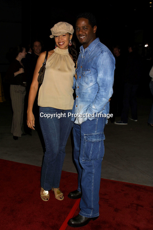 "©2002 KATHY HUTCHINS/HUTCHINS PHOTO.""SOLARIS"" PREMIERE.HOLLYWOOD, CA. 11/19/02.BLAIR UNDERWOOD AND WIFE"