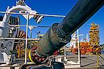Plataforma de petróleo no Porto de Vitória. Espírito Santo. 2006. Foto de Rogério reis.