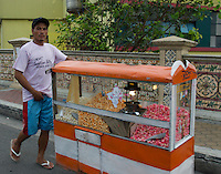 Selling Popcorn from the car window Manila,Philippines