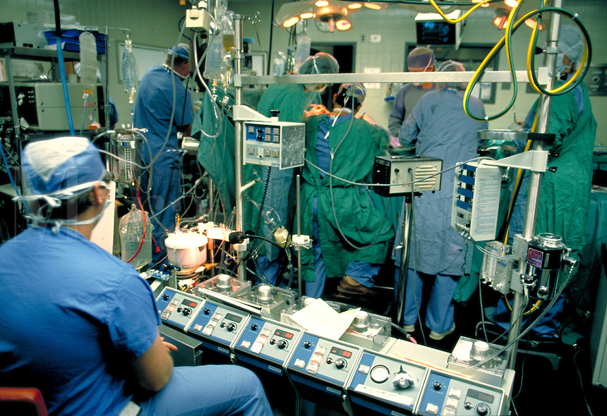 Health Care, Surgery in progress, Operation, medical equipment, procedures, medicine, operating room, machinery.