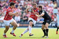 Ruan Dreyer of Gloucester Rugby takes on the Saracens defence. Gallagher Premiership Semi Final, between Saracens and Gloucester Rugby on May 25, 2019 at Allianz Park in London, England. Photo by: Patrick Khachfe / JMP