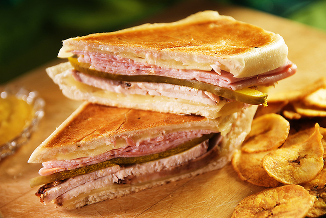 Cubano Sandwich (Cuban Sandwich), photographed for the Selfish Cooking blog, written by YangHwa Pugsley.