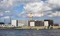 Nederland - Amsterdam- 2019. Nieuwbouw langs het IJ in Amsterdam Noord. Foto Berlinda van Dam / Hollandse Hoogte