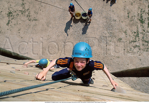 A young boy on a climbing wall, PGL Adventure Holidays, Boreatton Park, Shropshire, 010524. Photo: Neil Tingle/Action Plus...2001.child climb climber.children.kids boys.Youngster.Youngsters.childrens sport.children's sport