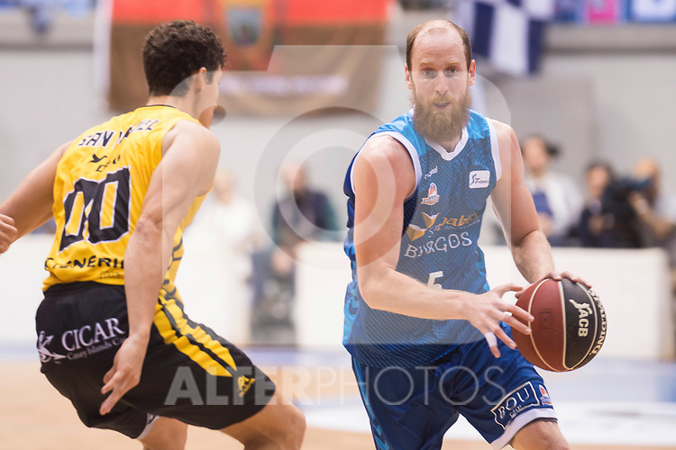 San Pablo Burgos's Thomas Schreiner and Iberostar Tenerife's Rodrigo San Miguel during Liga Endesa match between San Pablo Burgos and Iberostar Tenerife at Coliseum Burgos in Burgos, Spain October 01, 2017. (ALTERPHOTOS/Borja B.Hojas)