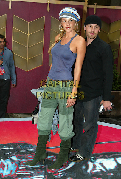 MONET MAZUR.MTV Music Video Awards.Radio City Music Hall.New York, 29h August 2002.www.capitalpictures.com.sales@capitalpictures.com.©Capital Pictures