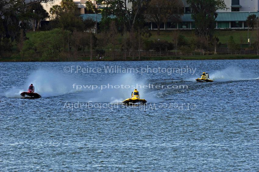 (L to R): Steve Lee (#26), Terry Rinker (#10) and Brian Burkhardt's #28.   (Formula 1/F1/Champ class)