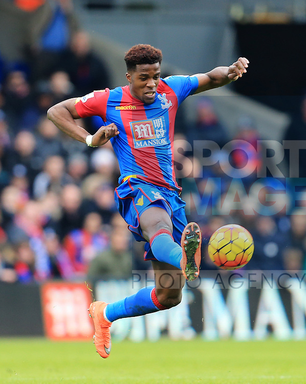 Crystal Palace's Wilfred Zaha in action<br /> <br /> - English Premier League - Crystal Palace vs Liverpool  - Selhurst Park - London - England - 6th March 2016 - Pic David Klein/Sportimage