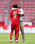 Schlussjubel v.l. Jean-Paul Boetius, Praesident Stefan Hofmann (Mainz)<br /> <br /> Sport: Fussball: 1. Bundesliga:: nphgm001:  Saison 19/20: 33. Spieltag: 1. FSV Mainz 05 vs SV Werder Bremen 20.06.2020 3:1<br /> Foto: Wagner/Witters/Pool//via gumzmedia/nordphoto<br /> <br /> <br />  DFL REGULATIONS PROHIBIT ANY USE OF PHOTOGRAPHS AS IMAGE SEQUENCES AND OR QUASI VIDEO<br /> EDITORIAL USE ONLY<br /> NATIONAL AND INTERNATIONAL NEWS AGENCIES OUT