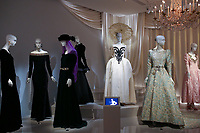 LE MUSEE YVES SAINT LAURENT EXPOSE L'OEUVRE DU COUTURIER, PARIS, FRANCE, LE 11/10/2017.