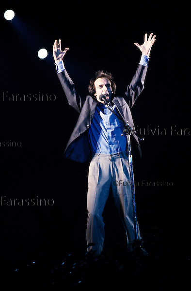 Milano, Roberto Benigni durante uno spettacolo al Forum di Assago