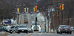 SOUTHBURY, CT06 January 2006-010606TK05  Traffic lights at the intersection of Main Street South and Peter Road in Southbury along with other traffic lights on Main Street South are under a proposal to synchronize all its traffic lights in an effort to improve the flow of traffic.   Tom Kabelka / Republican-American