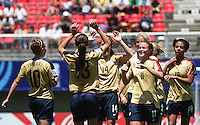 Chile, Chillan:Usa forward Alex Morgan soccer players celebrate with the Usa´s team a goal against argentine's team during the second match of the Fifa U-20 Women´s World Cup at the Nelson Oyarzún stadium in Chillán, on November 22 2008. Photo by Grosnia/ISIphotos.com