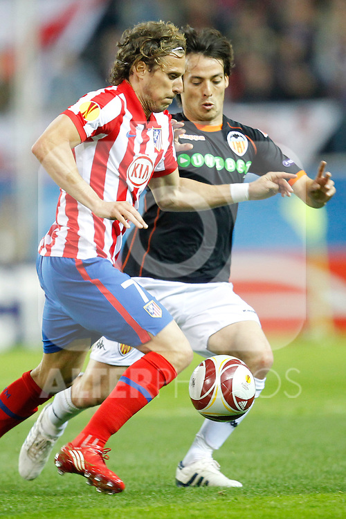 MADRID (08/04/2010).- Europe League quarter finals match. Atletico de Madrid vs Valencia. Diego Forlan and David Silva...Photo: Cebolla-Cid-Fuentes/ ALFAQUI