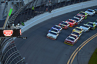19-20 February, 2016, Daytona Beach, Florida USA<br /> Joey Logano and Chase Elliott lead the field back to a restart.<br /> ©2016, F. Peirce Williams