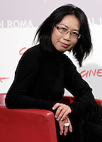 "La regista statunitense Yu-Hsiu Camille Chen posa durante un photocall per la presentazione del suo film ""Little sparrows"", al Festival Internazionale del Film di Roma, 2 novembre 2010..U.S. director Yu-Hsiu Camille Chen poses for a photocall to present her movie ""Little sparrows"", during the Rome Film Festival at Rome's Auditorium, 2 november 2010..UPDATE IMAGES PRESS/Riccardo De Luca"