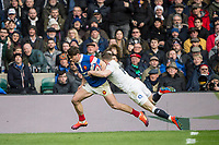 Twickenham, United Kingdom. 7th February, Chris ASHTON, carried by Damiam PENAUD as go's in for a try, during the England vs France, 2019 Guinness Six Nations Rugby Match   played at  the  RFU Stadium, Twickenham, England, <br /> &copy; PeterSPURRIER: Intersport Images
