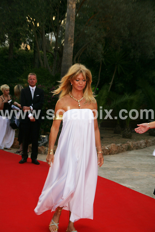 **ALL ROUND PICTURES FROM SOLARPIX.COM**.**WORLDWIDE SYNDICATION RIGHTS**.The presentation night for playing for good Philanthropic summit in Palma de Mallorca,in Spain held on the 1st Sept,2007 with Spanish and American celebrities such as Goldie Hawn,Eva Longoria,Terrance Howard,and Spanish actress/model Maria Bravo the ex-girlfriend of Die Hard star Bruce Willis..This pic:GOLDIE HAWN..JOB REF:4619-MCA        DATE:01_09_07.**MUST CREDIT SOLARPIX.COM OR DOUBLE FEE WILL BE CHARGED* *UNDER NO CIRCUMSTANCES IS THIS IMAGE TO BE REPRODUCED FOR ANY ONLINE EDITION WITHOUT PRIOR PERMISSION*