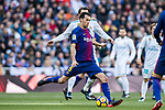 Sergio Busquets Burgos of FC Barcelona in action during the La Liga 2017-18 match between Real Madrid and FC Barcelona at Santiago Bernabeu Stadium on December 23 2017 in Madrid, Spain. Photo by Diego Gonzalez / Power Sport Images