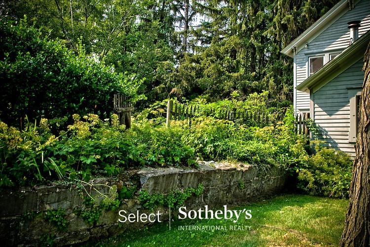 Select Sothebys International Realty. Property for sale.