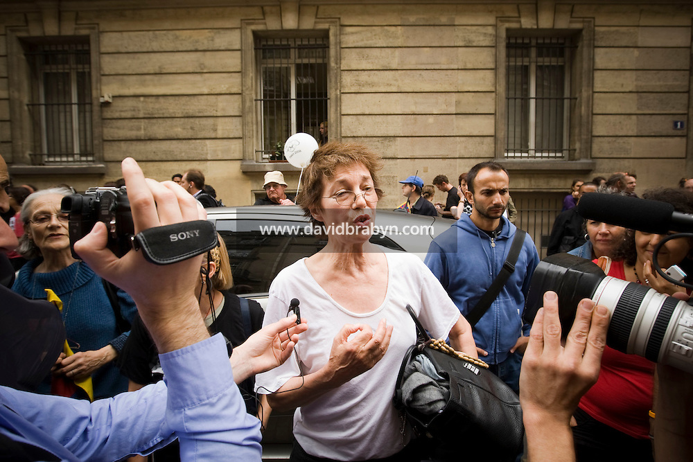 English actress, singer and film director Jane Birkin speaks to reporters during a street protest called by press watchdog Reporters Sans Frontieres against China's human rights policy close to the Chinese embassy in Paris, France, on the day of the inaugural ceremony of the 2008 Olympic Games in Beijing, 8 August 2008.
