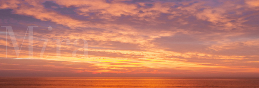 Sunrise over the ocean, Cape Cod, Massachusettes, USA