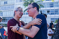 RIO DE JANEIRO, RJ - 02.09.2018 - ELEIÇÕES-2018, O Candidato à Deputadoo Federal Alessandro Molon (PSB) é visto durante camipanha na orla do Leblon (RJ) na manhã deste domingo, Rio de Janeiro, 03, (Foto: Vanessa Ataliba/Brazil Photo Press)