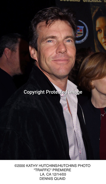 "©2000 KATHY HUTCHINS/HUTCHINS PHOTO.""TRAFFIC"" PREMIERE. LA, CA 12/14/00.DENNIS QUAID"