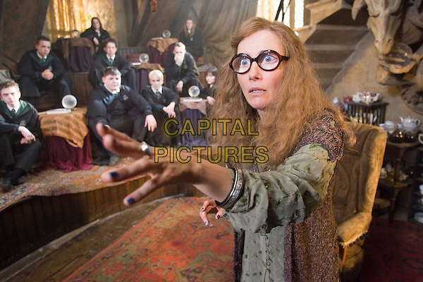 EMMA THOMPSON.in Harry Potter and the Order of the Phoenix .**Editorial Use Only**.CAP/FB.Supplied by Capital Pictures
