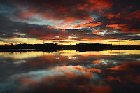 Balgray Reservoir at sunset, Dams to Darnley Country Park, Barrhead, East Renfrewshire<br /> <br /> Copyright www.scottishhorizons.co.uk/Keith Fergus 2011 All Rights Reserved