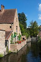 Belgique, Flandre Occidentale, Bruges, partie méridionale du centre historique classé Patrimoine Mondial de l'UNESCO, canaux et maisons typique autour du Béguinage  //  Belgium, Western Flanders, Bruges, Southern part of the historic centre listed as World Heritage by UNESCO, channels and typical houses around the Beguine